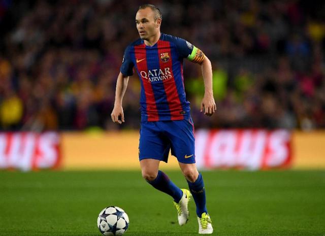 AGEN BOLA - Andrea Iniesta Akan Bertahan Tiga Tahun Lagi Di Barcelona