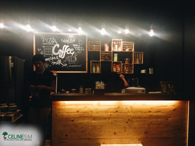 artsy cafe in manila