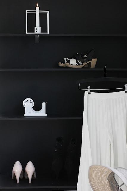 annelies design, webbutik, webbutiker, webshop, nätbutik, inredning, walk in closet, hylla, diy, tejphållare, hatthållare, hatt, hållare, ljusstake, duo, dekoration, svart och vitt, svartvit, svartvita, svartvit, svart