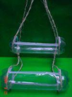 http://artes.uncomo.com/articulo/como-hacer-una-estanteria-con-dos-botellas-de-plastico-20276.html