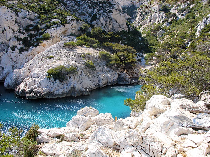 Photo de la calanque de Sugiton en France