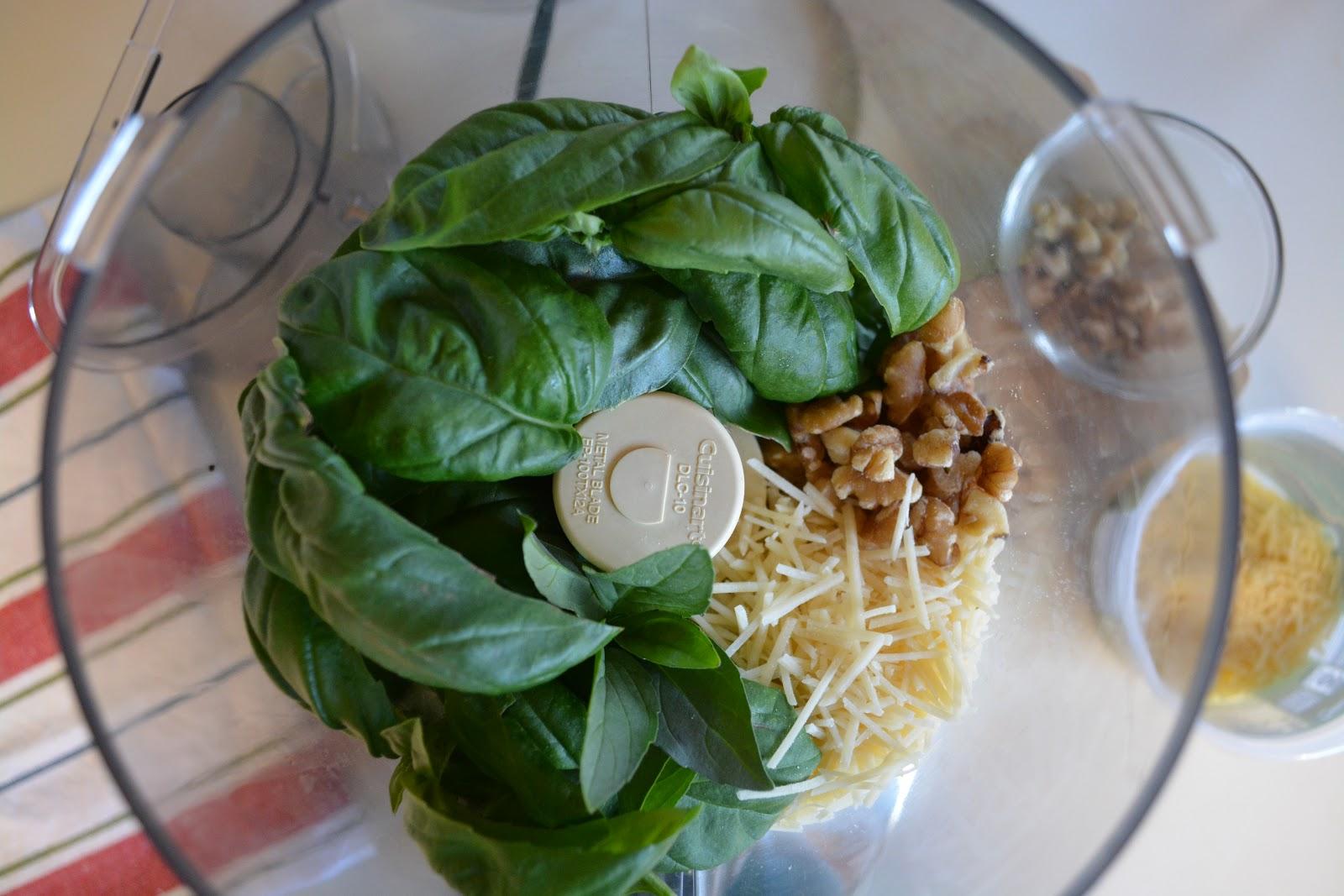 Classy Event Organizer: Basic Pesto Recipe