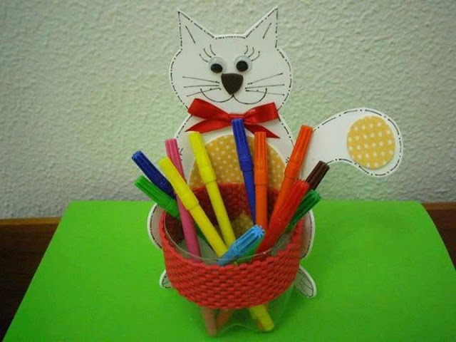 Idea to make something from bottle for kids : cat pencils case 1