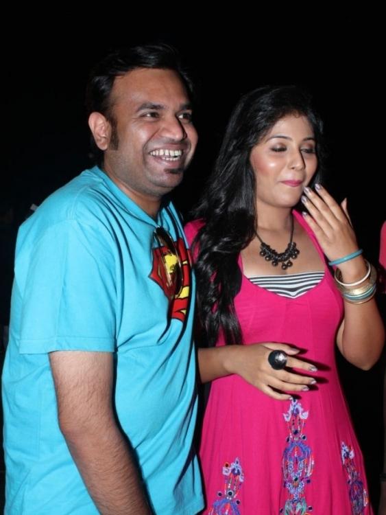 Cute beauty Anjali hot stills settai audio launch