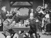 "Кадр из фильма Чарли Чаплина ""Пародия на Кармен"" / Burlesque on Carmen (1916) - 5"