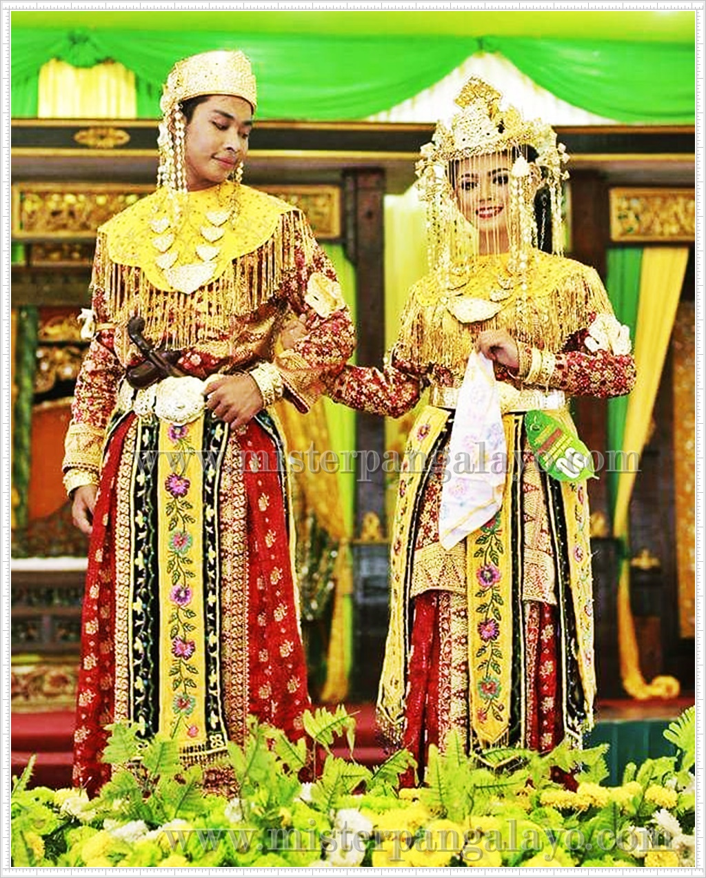 9 Gambar Baju Pernikahan Adat Melayu Kalimantan Barat Kekinian