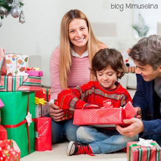 blog mimuselina efectos del exceso de regalos en niños en Navidad