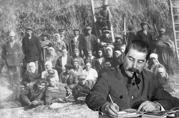 Сталін на фоні селян