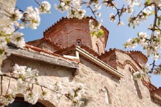 Стоит ли ехать в Грецию весной?