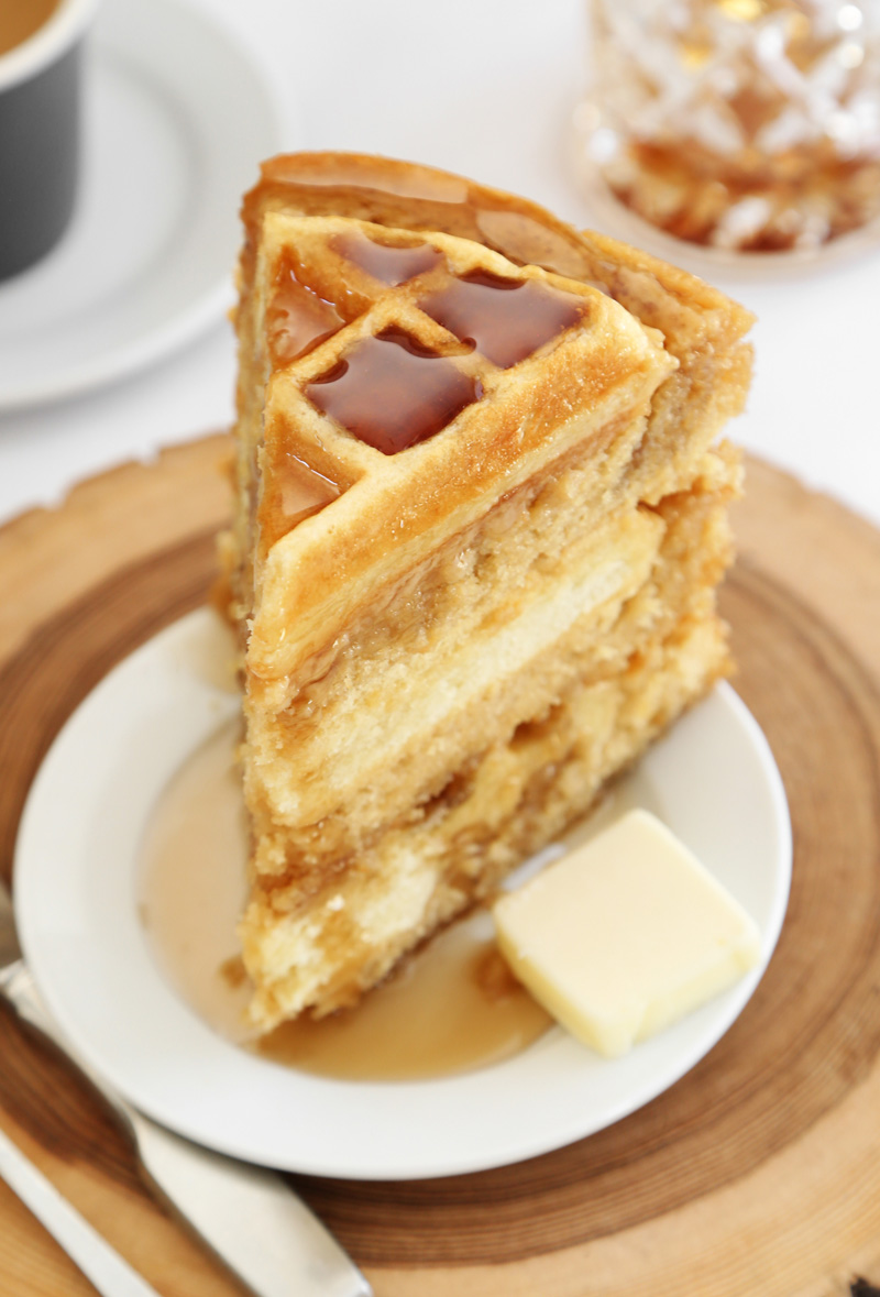 Apple Maple Syrup Cake
