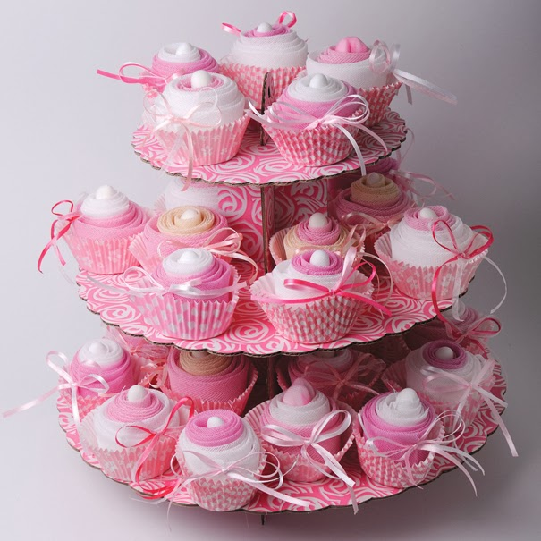 Christening favors cupcakes B102