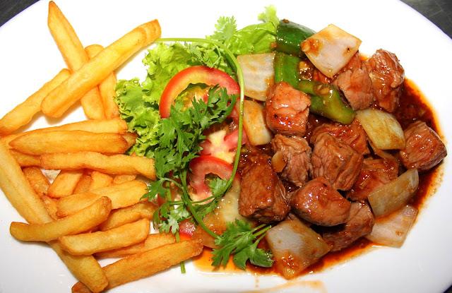 Cách làm món bò lúc lắc - Bò xào lúc lắc ngon, mềm 1