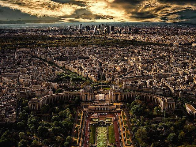 باريس من اعلى برج ايفل