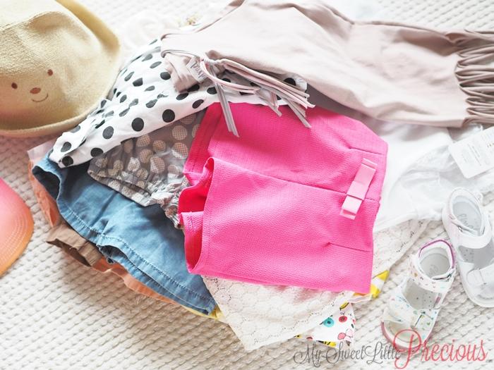 stos ubrań