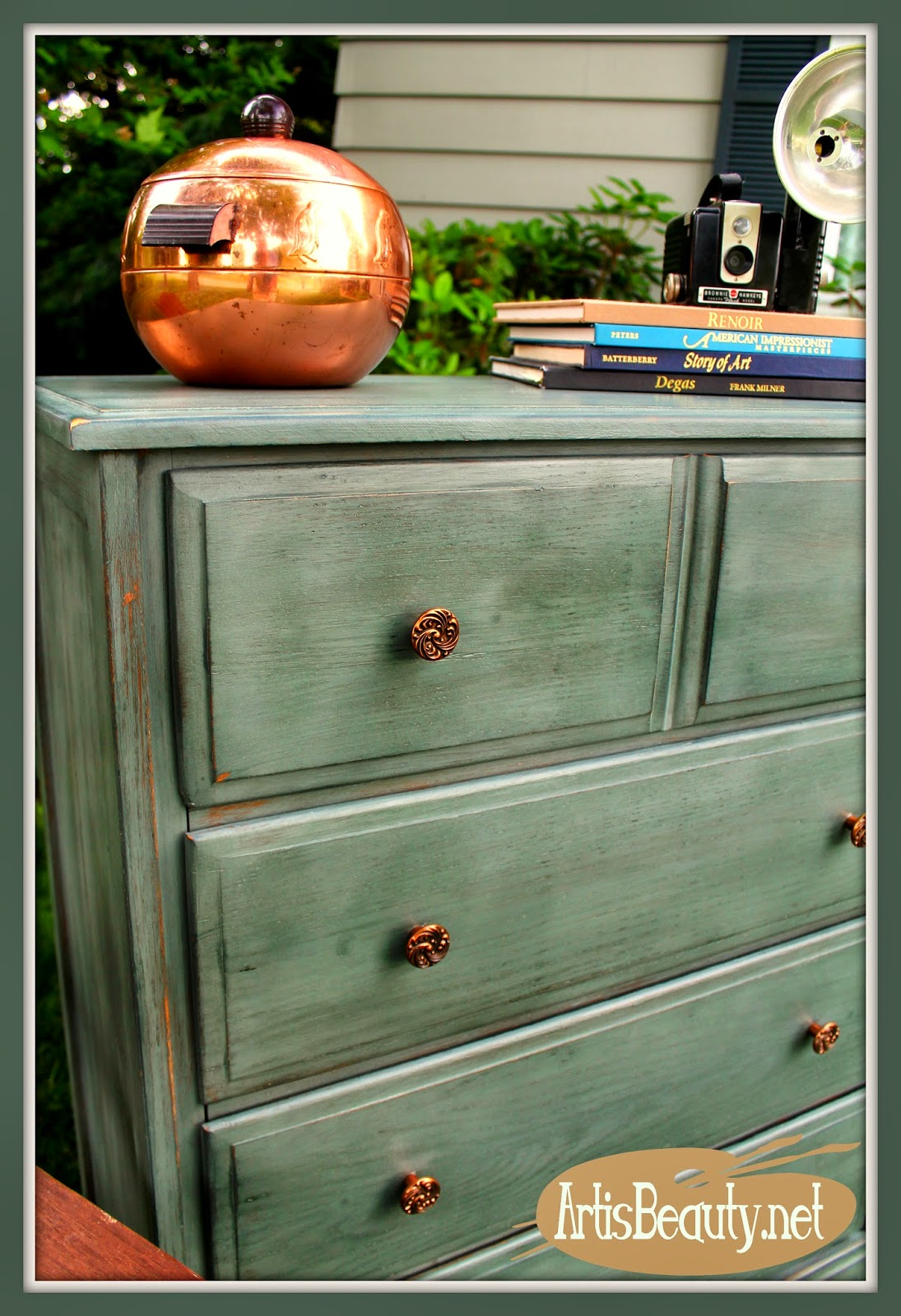 artisbeauty.net-custom-green-close-up-dresser-copper