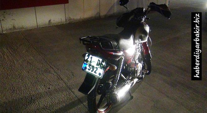 Çınar çıkışında motosiklet kazası: 1 ölü