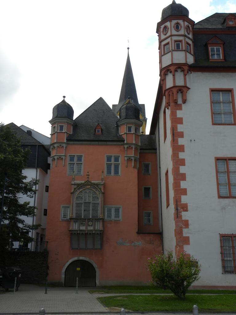 Travels - Ballroom Dancing - Amusement Parks: The old town of Koblenz and the Florinsmarkt