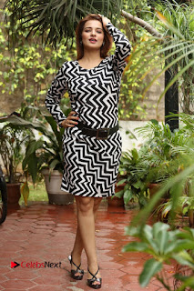 Actress Saloni Latest Pos in Short Dress  0333.JPG