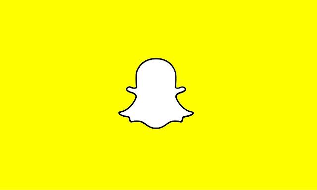 snapchat-launch-custom-stories