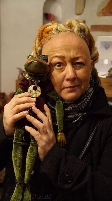 Авторская студия OleLoo кукла Панченко Оксана Панченко Андрей авторская Art doll МК мастер-класс лягушка лягушонок текстильная шарнирка шарнирная кукла зеленый frog портретная