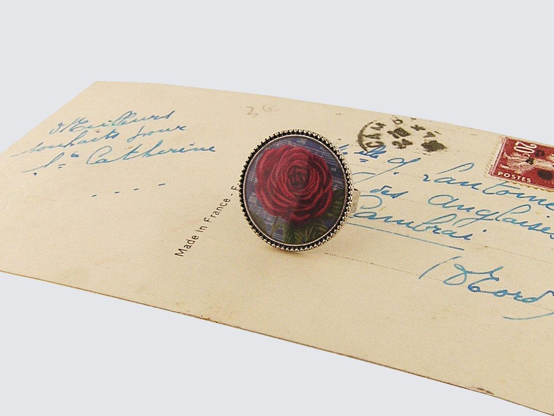 LAVISHY vintage style handmade adjustable ring feature red rose print