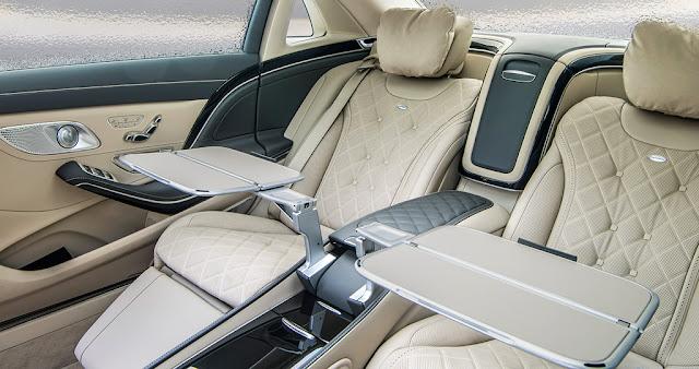 Băng sau Mercedes Maybach S500 2017 thiết kế rộng rãi,thoải mái với đầy đủ các tiện ích