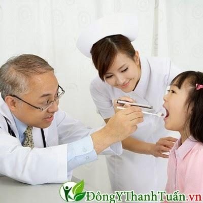 lời khuyên về bệnh sâu răng ở trẻ cho các bác cha mẹ