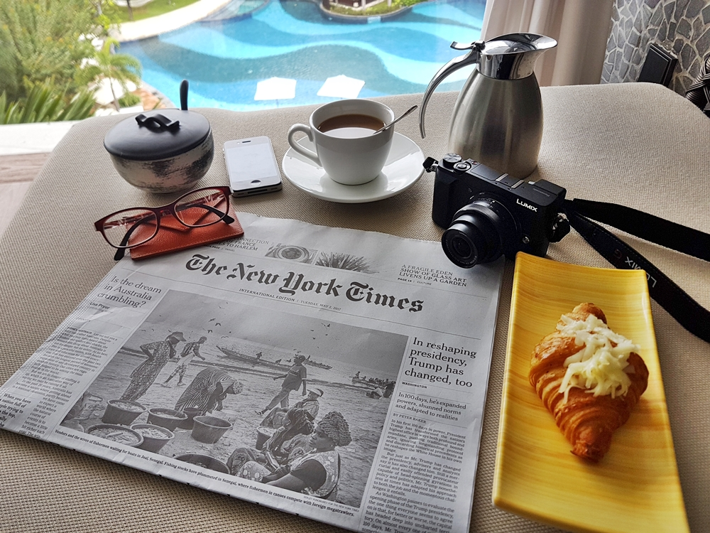BREAKFAST IN BATH AT THE STONES HOTEL KUTA BALI