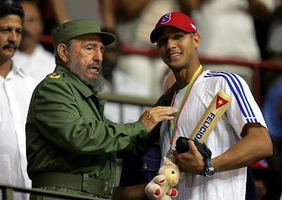 A joia do beisebol foge da ditadura comunista Castrista