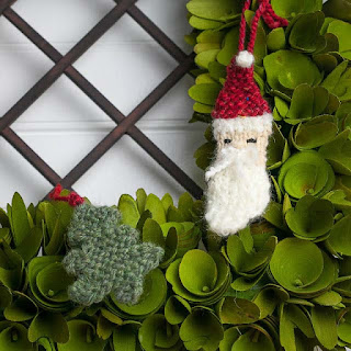 Loom knit christmas ornaments tree and Santa