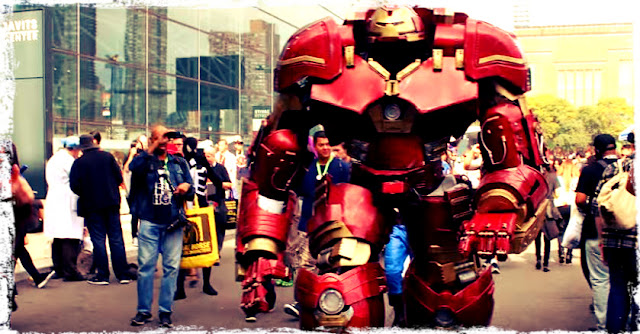 Hulk Buster cosplay