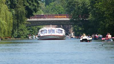 Kanal Schifffahrt Hamburg