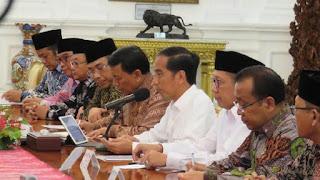 Jokowi Sebut HTI Dibubarkan Karena Peroleh Masukan Termasuk dari Ulama