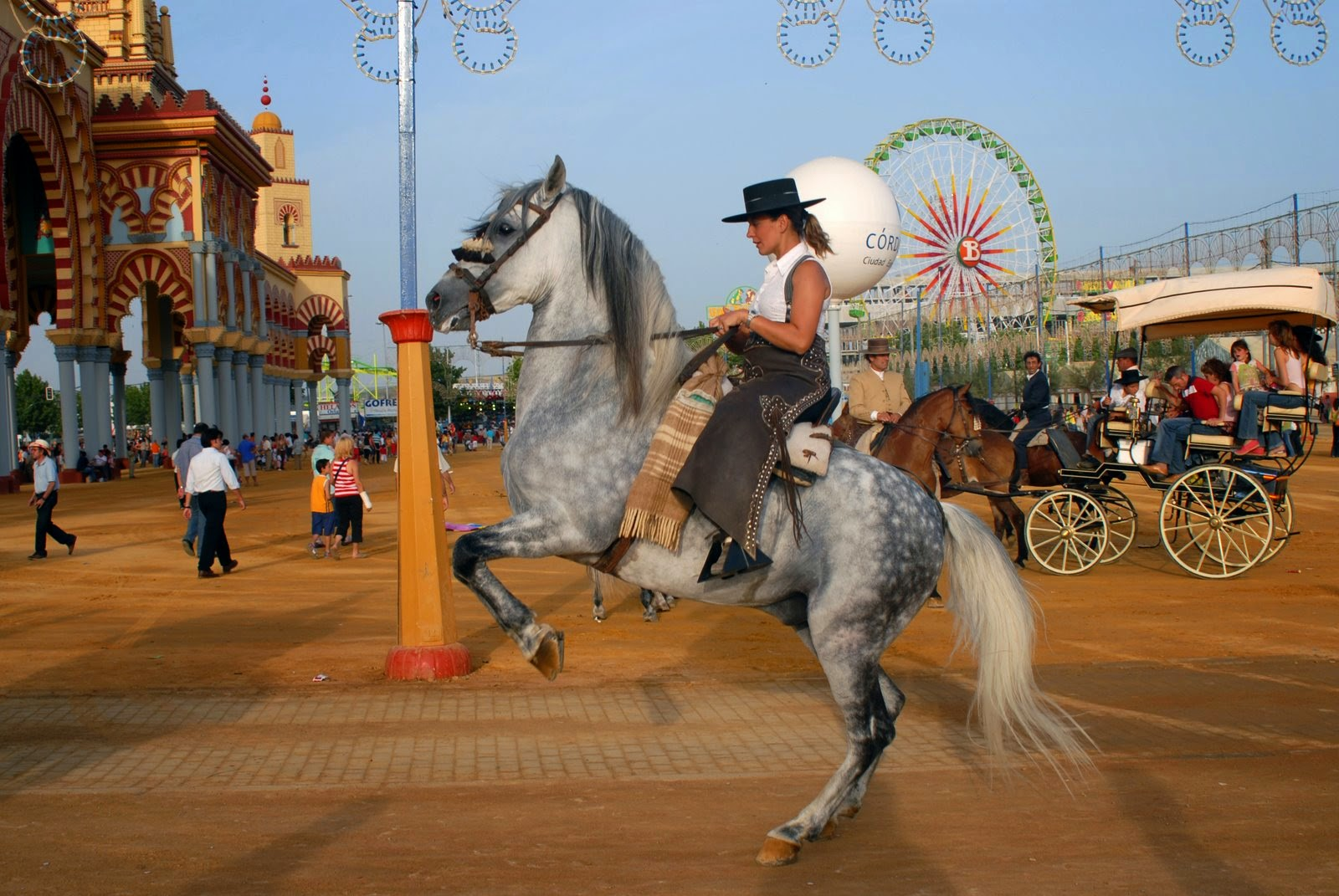 Enjoy in Cordoba´s Feria, Andalucía, Spain
