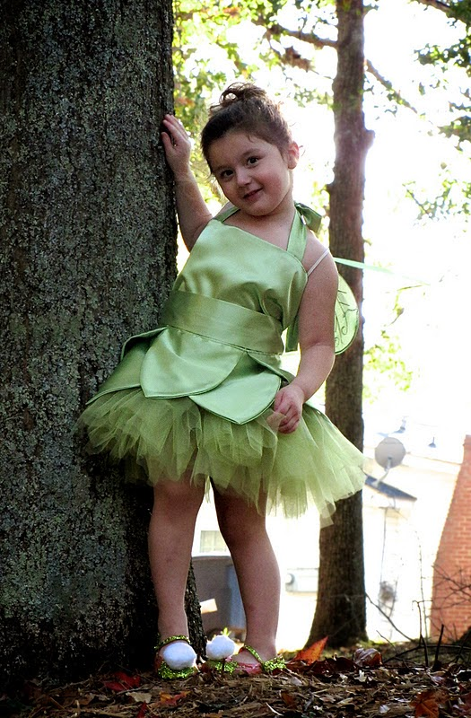 Tinkerbell Tutu Dress DIY. Sew this cute little tinkerbell costume ...  sc 1 st  Sew Pretty Sew Free : tinkerbell costume pattern  - Germanpascual.Com