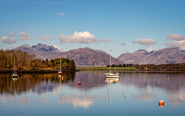 Photo of boats on Loch Leven at Glencoe in the Scottish Highlands