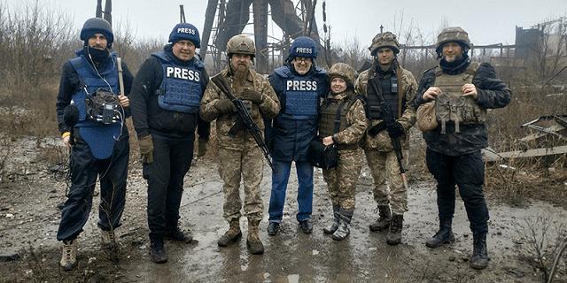На східному фронті: Проєкт UA: ПЕРШИЙ про російсько-українську війну