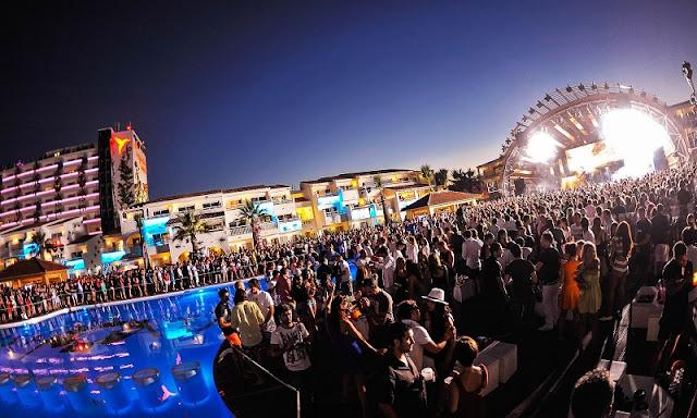 Localização e horários da balada Ushuaia em Ibiza