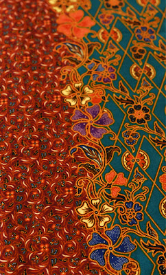 Duo-tone Turquoise and Tan Diamond Balinese Style Batik