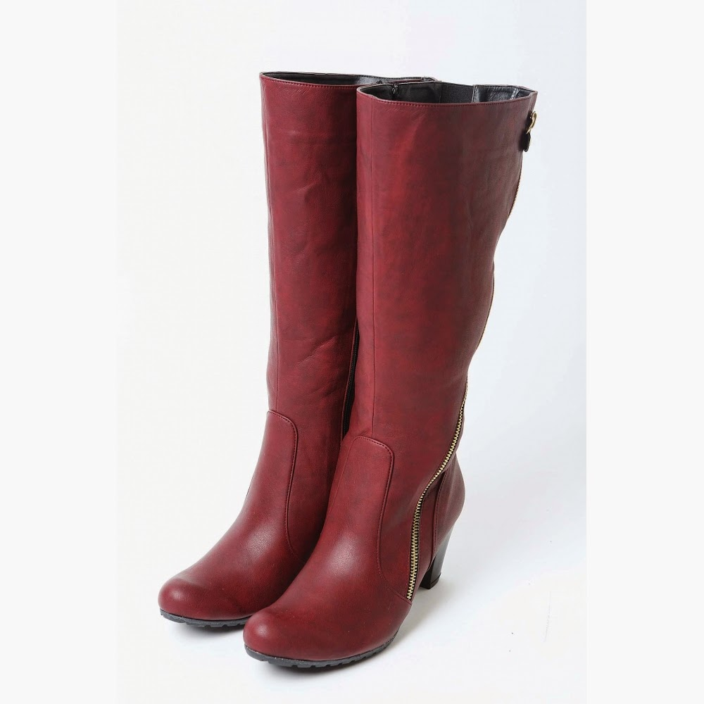 cccdae78b5c Διαλέξτε αυτές που ταιριάζουν σε εσάς και ξεχωρίστε όλο το χειμώνα!! Στο  www.happysizes.gr θα βρείτε μεγάλη ποικιλία σε μπότες και συνεχώς  καινούριες ...