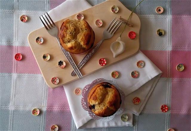 receta-muffins-leche-condensada-chocolate-blanco-moras