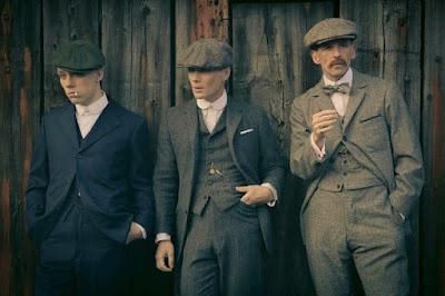 Los hermanos Shelby, John, Tommy y Arthur - protagonistas de la serie Peaky Blinders