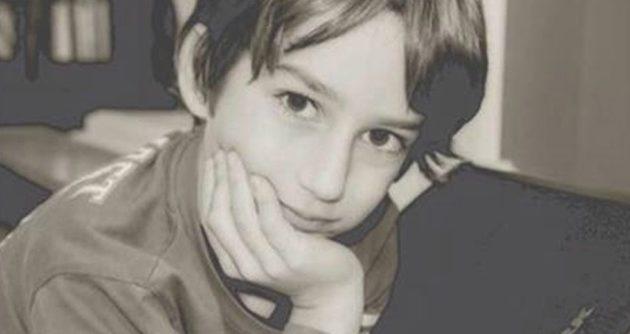 Ραγίζει καρδιές η μάνα του 11χρονου Χάρη που πάσχει από σπάνιο καρκίνο