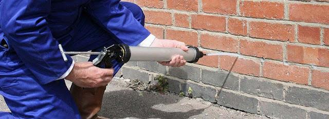 Osuszanie domu -  odtwarzanie izolacji poziomej w budynku