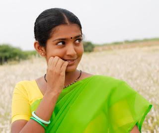 Bangla choti সাদিয়ার লাল টুকটুকে কচি গুদ ও সোনালী বাল