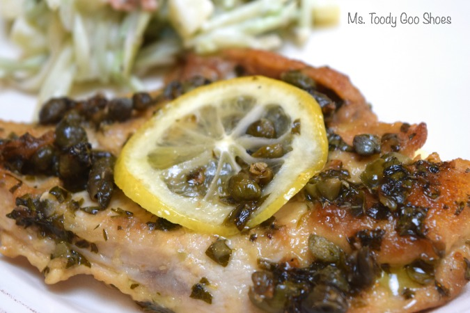 Healthy Chicken Piccata: So tasty, and no butter! Just heart-healthy olive oil. | Ms. Toody Goo Shoes