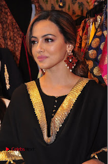 Bollywood Actress Sana Khan Launches Aakrithi Exibition  0136.JPG
