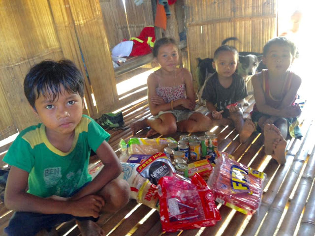 Poor Boy Eating Rice with Junk Food as 'ULAM' for Lunch Receives Help from Netizens