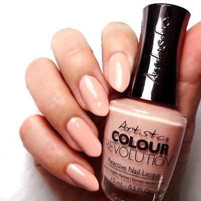 Peach Creme Nails