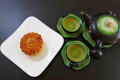 Bánh Trung Thu Brodard Dừa Hạt Dưa 2 Trứng